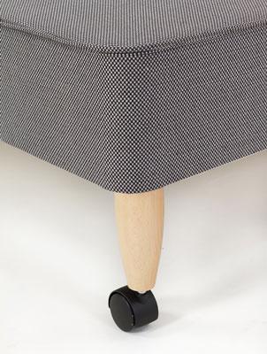 Leg with castor