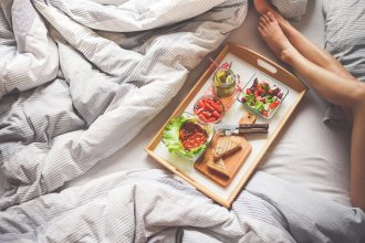 what not to eat before bed