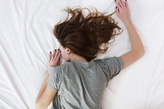 Summer & Sleeplessness - Tips for Getting to Sleep in Hot Weather